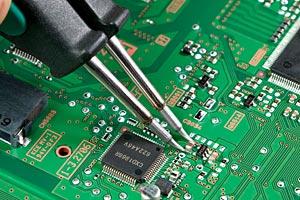 Замена BGA чипов материнской платы от компании Сервисная фабрика в Новосибирске http://sf-nsk.ru/remont-noutbukov-monoblokov
